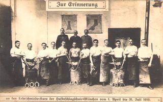 Eduard Allgaier in Hufbeschlagschule
